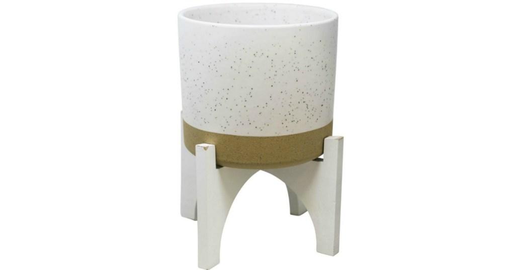 White & Tan Modern Ceramic Planter