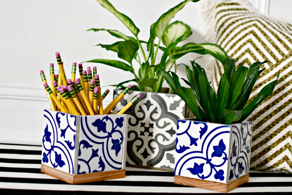 diy ceramic tile cube planter or pencil holder craft for teacher