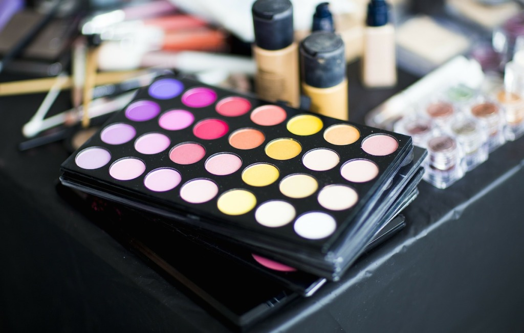 makeup eyeshadow pallet with bright colors