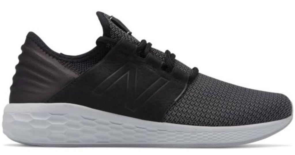 men's new balance running shoe