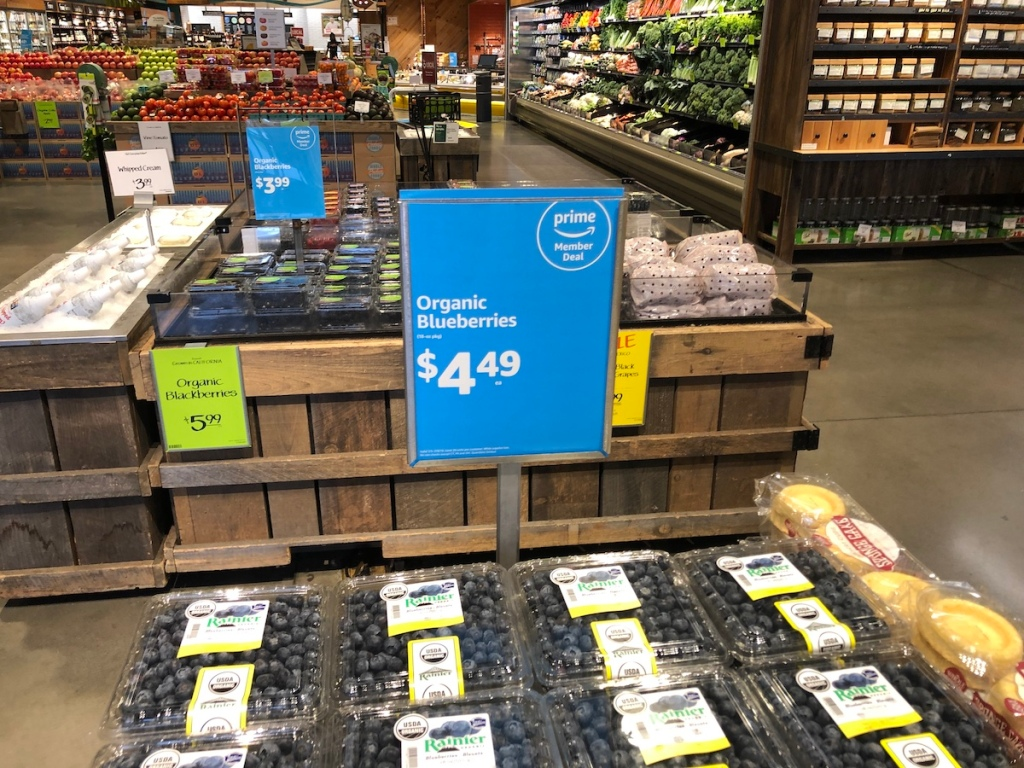 18 ounce package of organic blueberries at whole foods