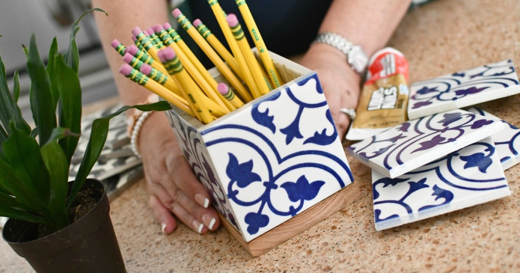 making a pencil holder diy gift for teachers