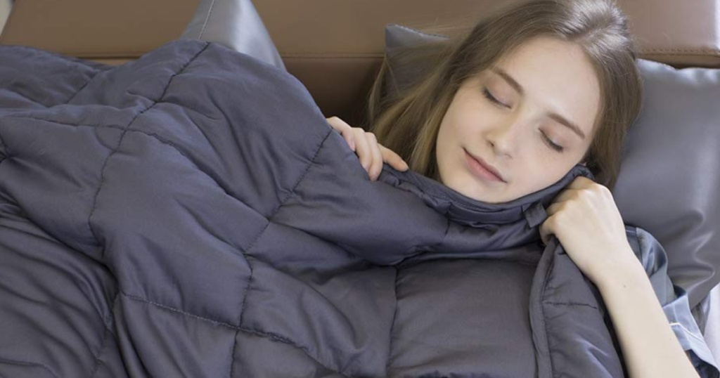 Woman Sleeping with Buzio Weighted Blanket