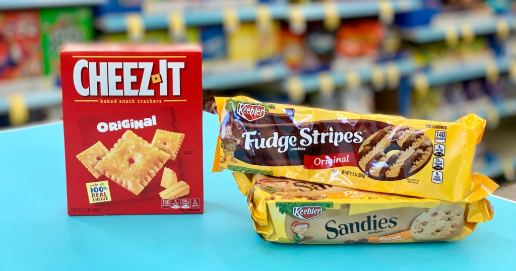 cjheez-its and keebler cookies at store