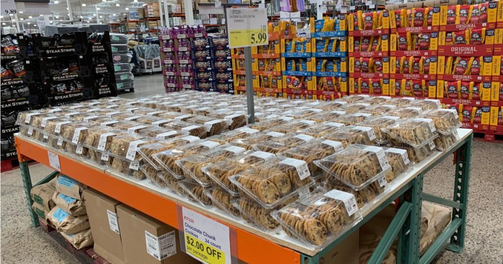 kirkland chocolate chunk cookies at costco