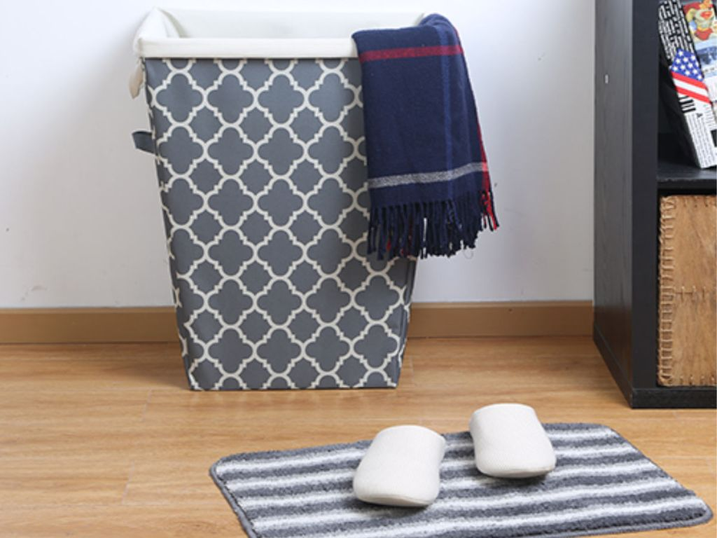 Mainstays Removable Liner Hamper in grey with blue towel and slippers