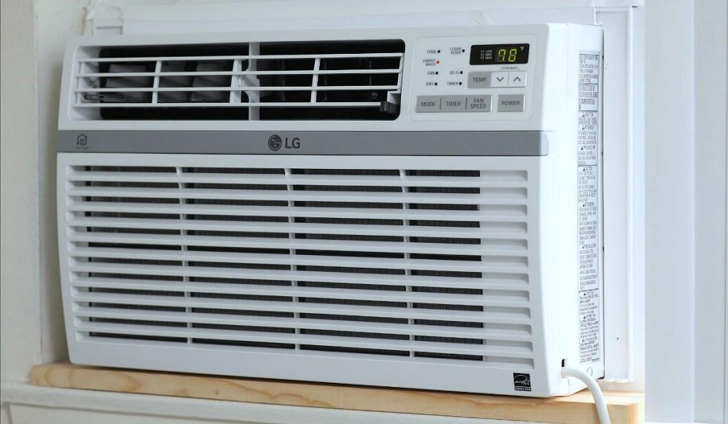 wall AC unit set at 78 degrees