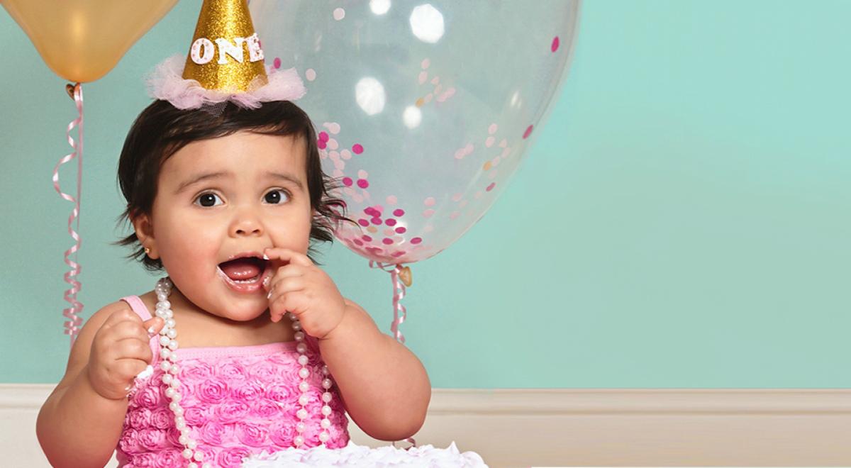 baby girl celebrating birthday
