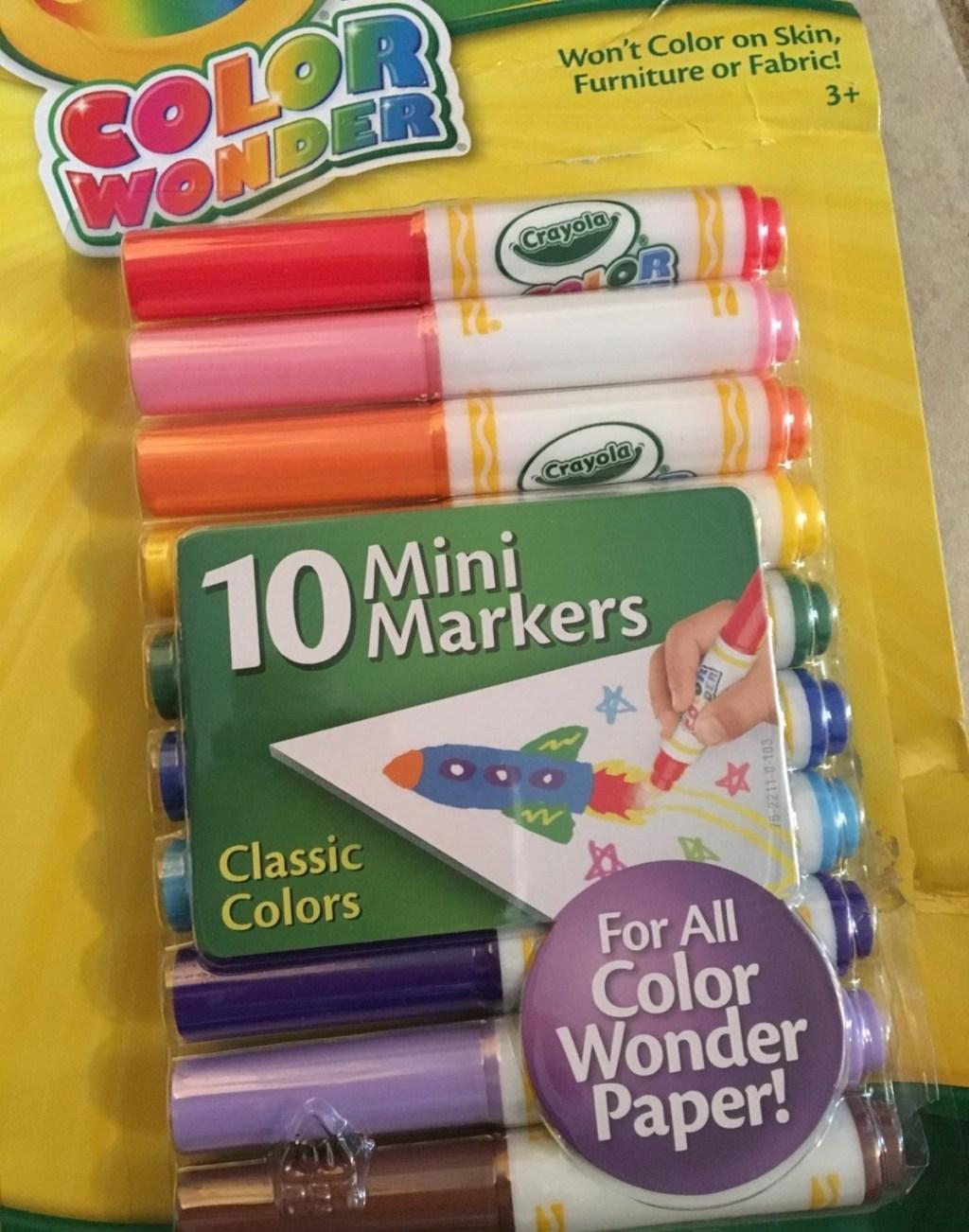 Crayola color wonder markers