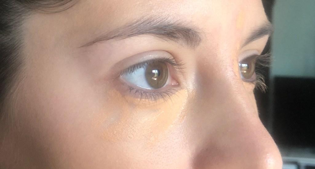 concealer undereye, slightly off pigmented
