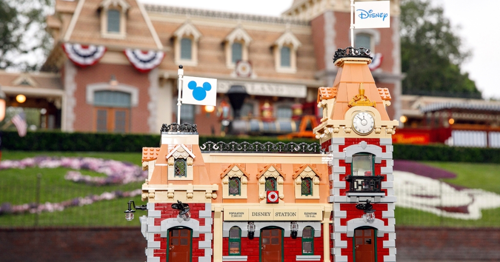 LEGO Disney Train Station