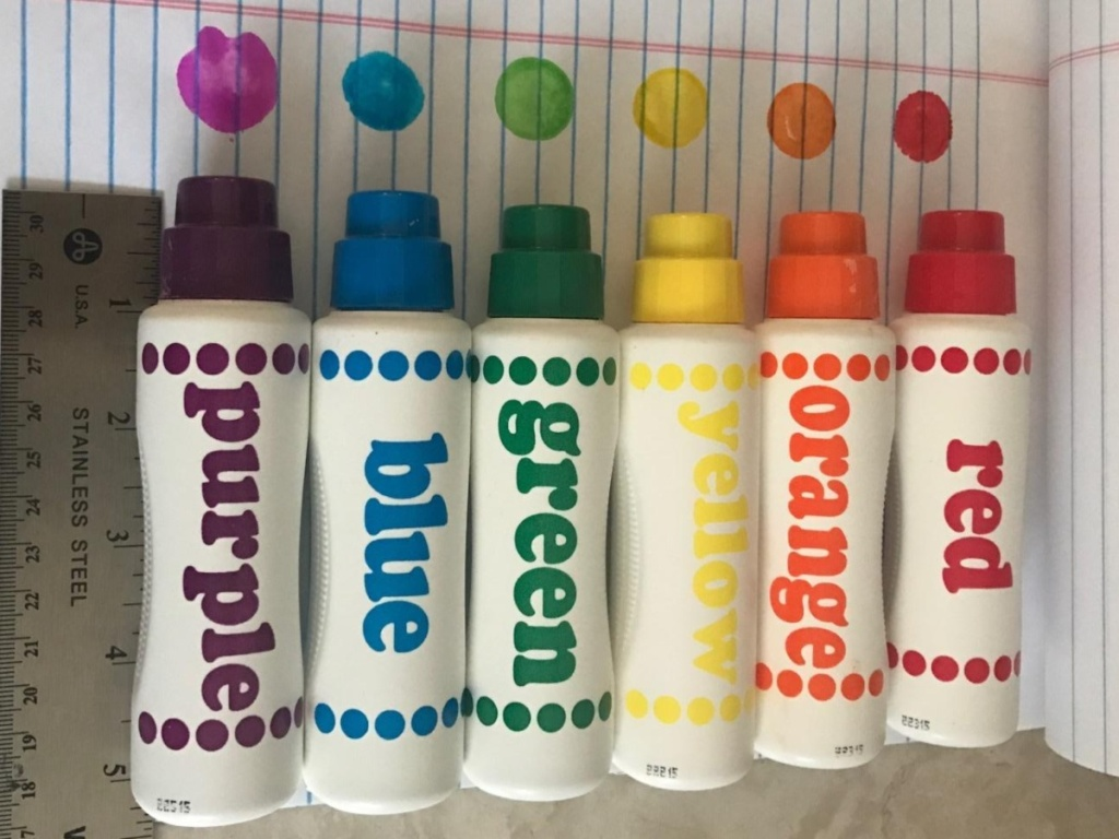 6 different-colored dot markers