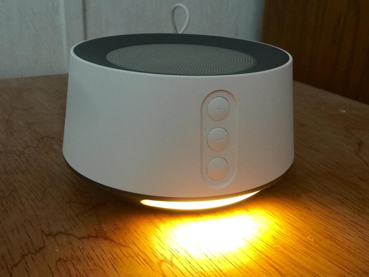 white noise machine with night light