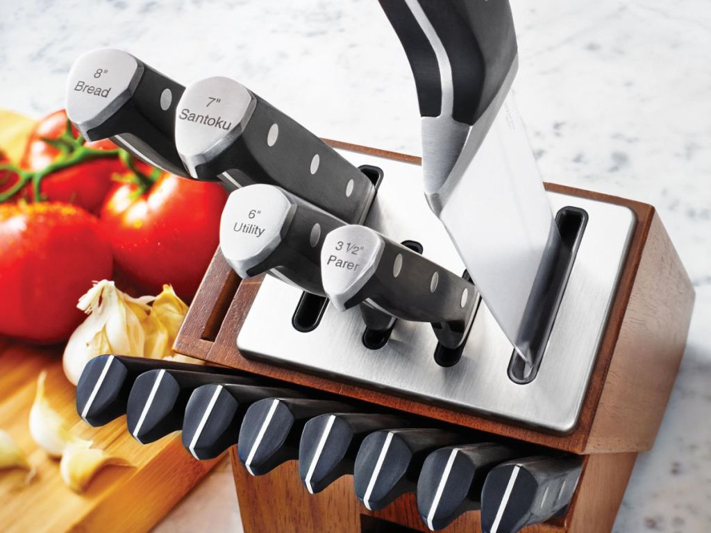 Calphalon Self-Sharpening Knife Set wooden block