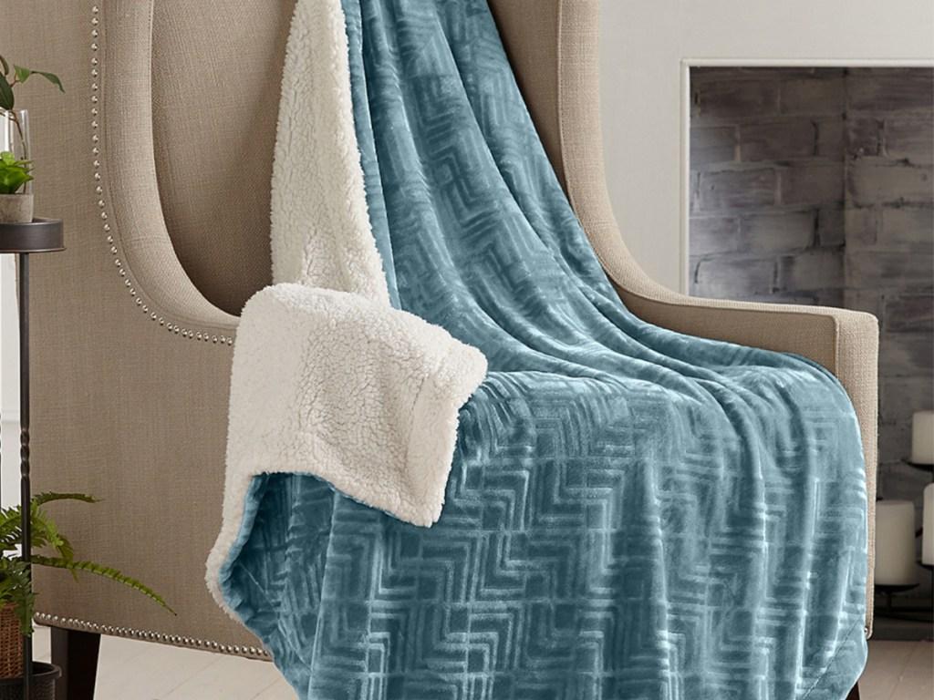 Home Fashion Designs Reversible Berber Velvet Throw (1)