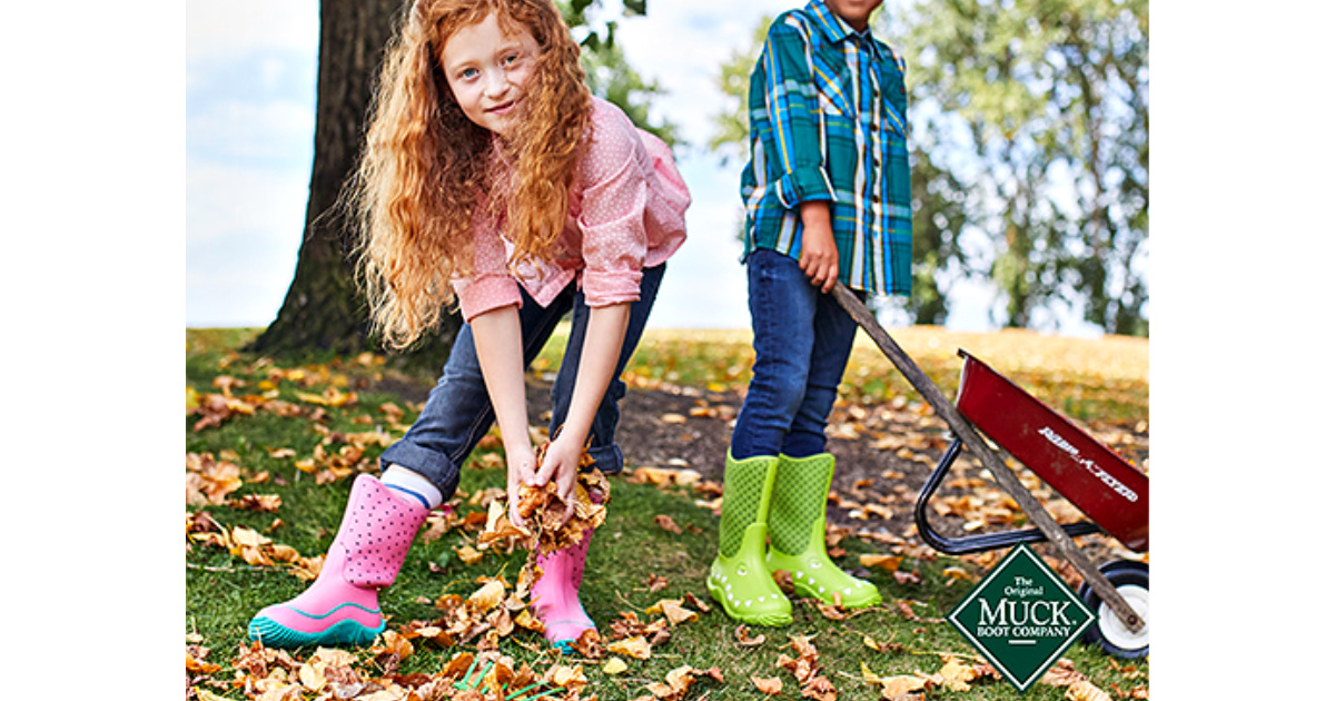 kids wearing muck boots