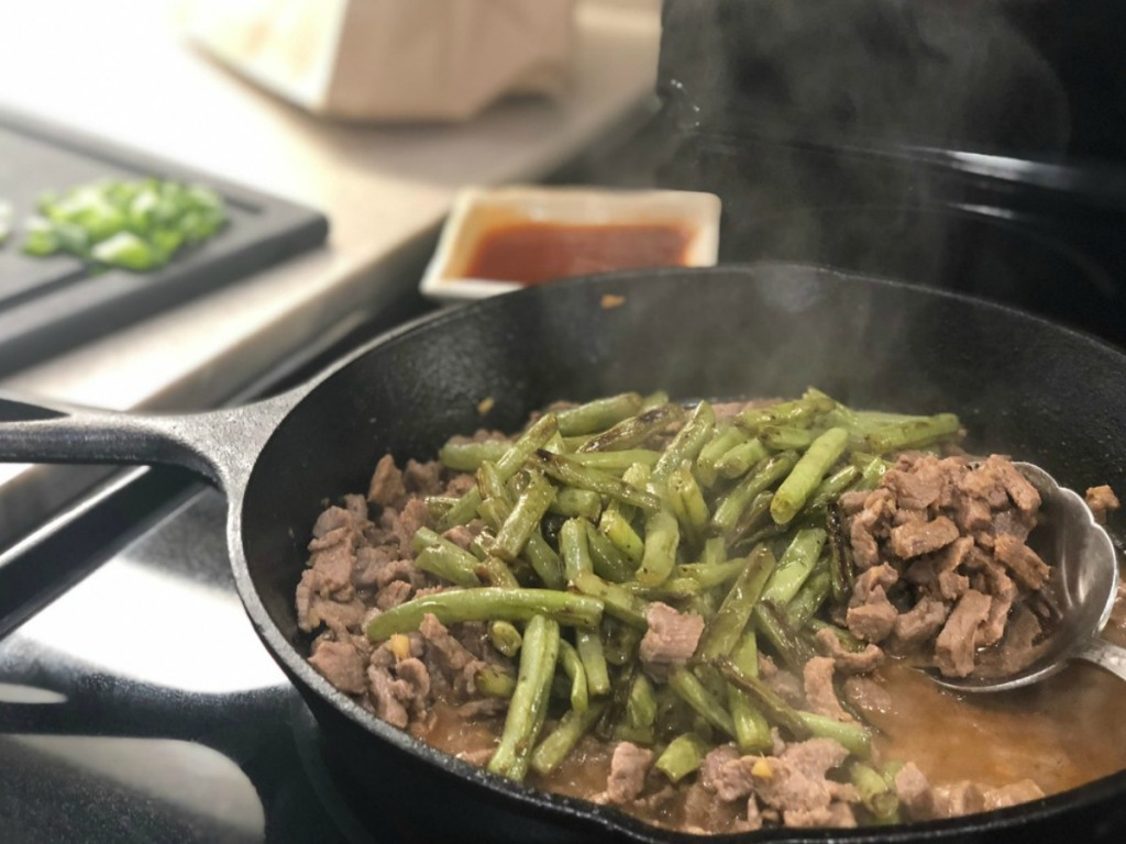 Lodge Skillet with green beans and mangolian beef