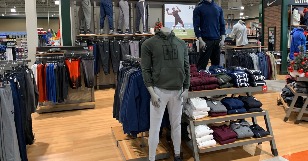 mens under armour clothing at store