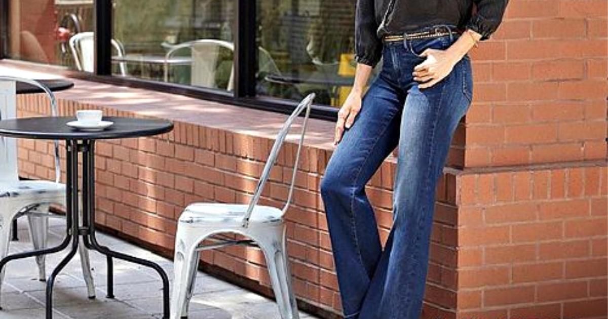 woman wearing nydj jeans