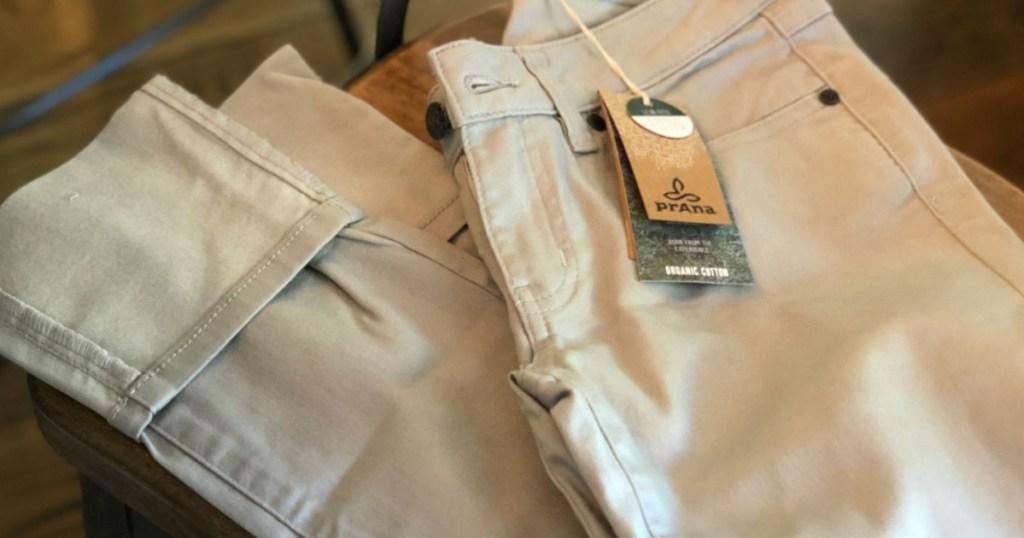 khaki prana pants