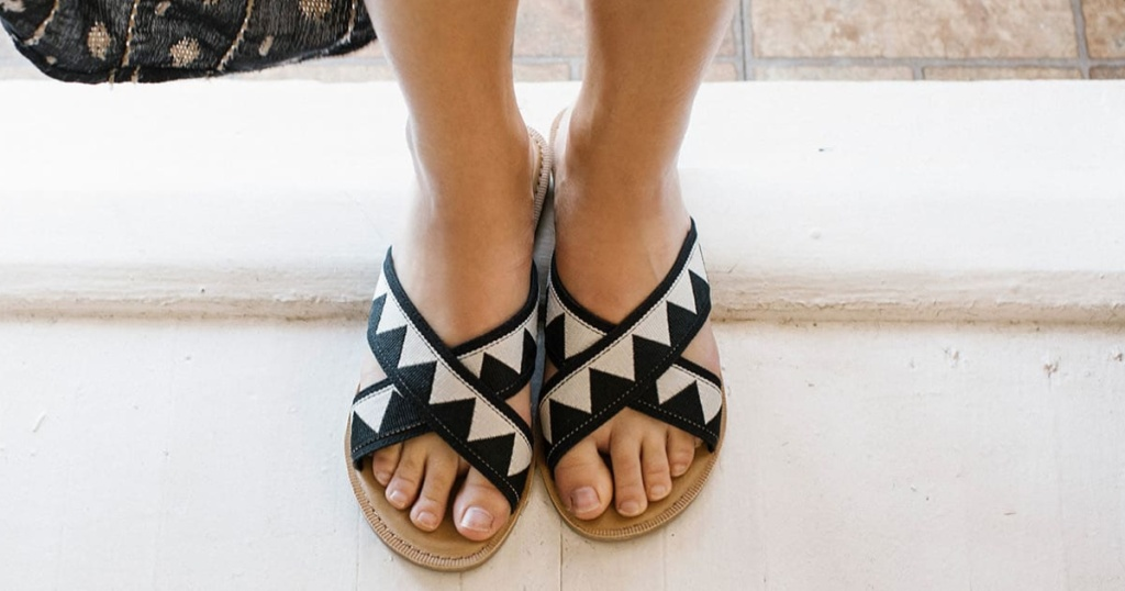 TOMS Black geometric women's sandals