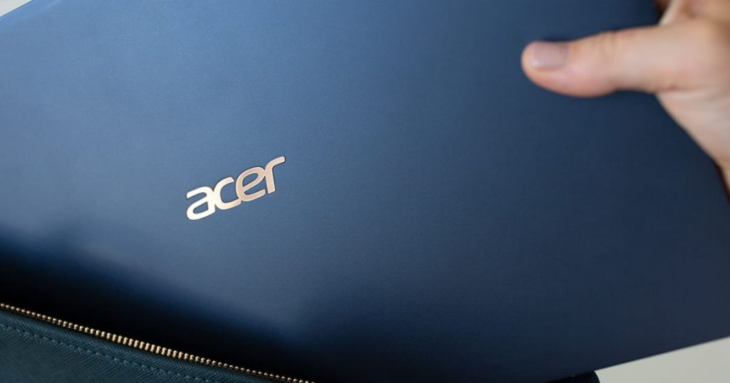 acer going into bag