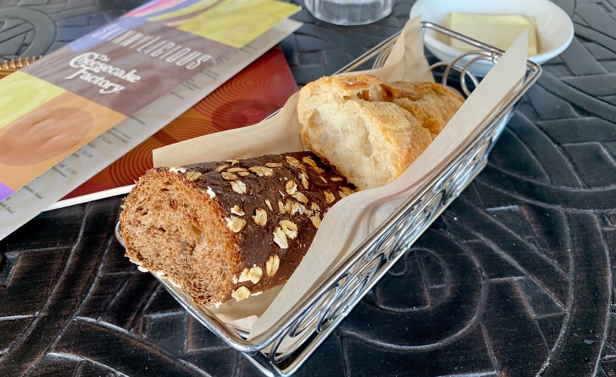 complimentary bread basket at cheesecake factory