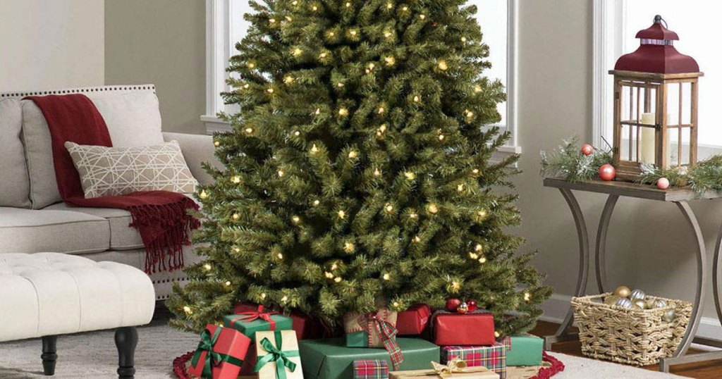 Pre-Lit 6' Christmas Tree Only $65.70 Shipped (Regularly $222
