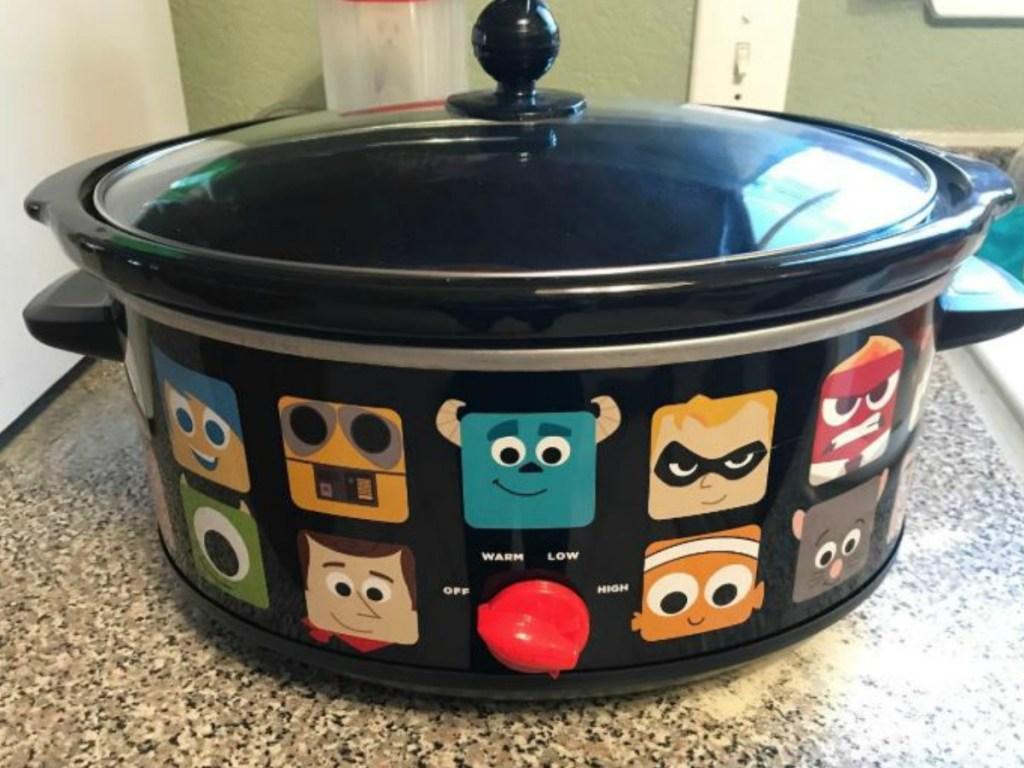 crock pot on kitchen counter