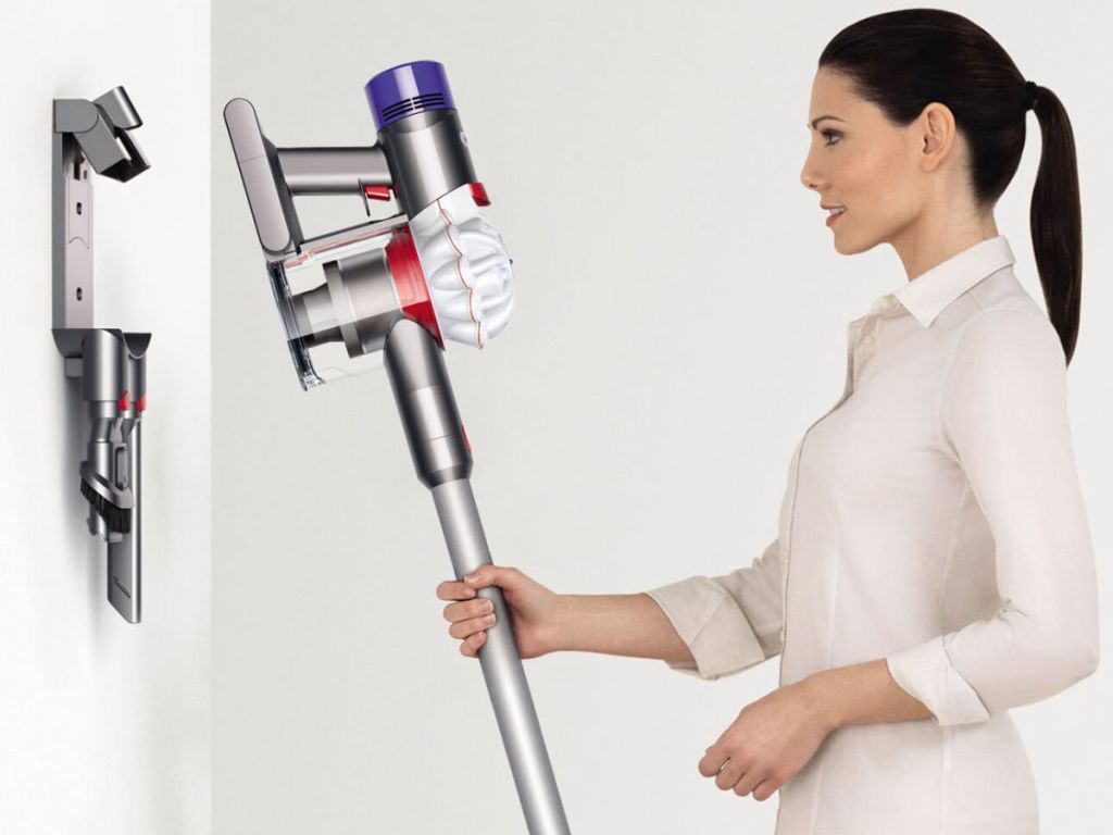 dyson charger station