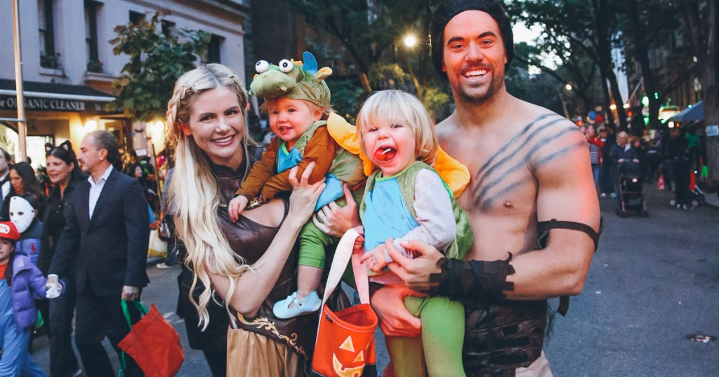 10 Funny Creative Family Halloween Costume Ideas For Kids