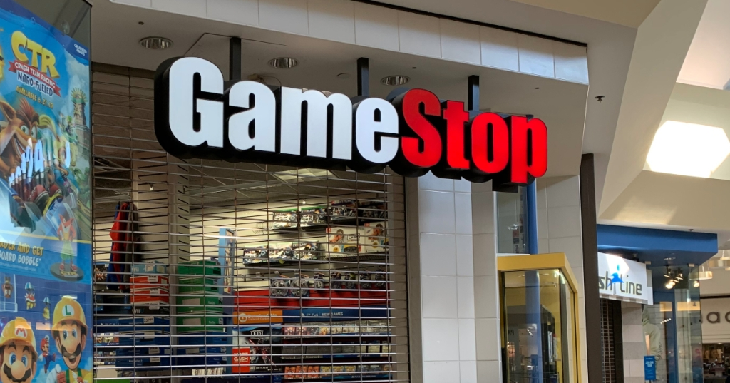 GameStop closed storefront