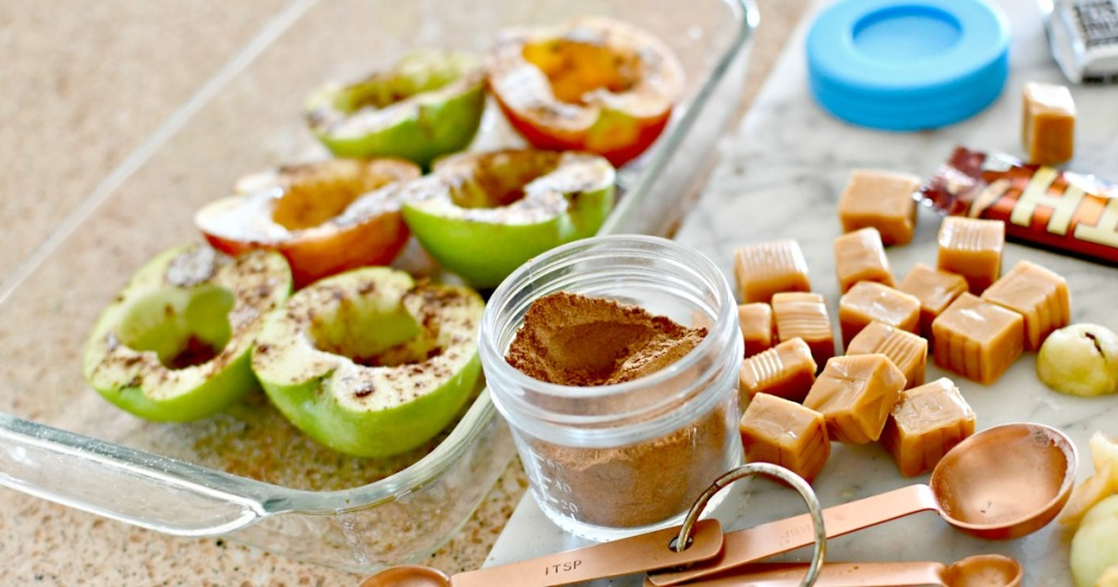 making spiced stuffed apples