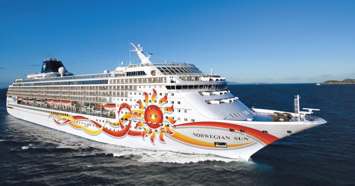 Norwegian Sun cruise ship at sea