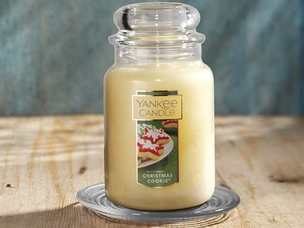 Yankee candle Christmas Cookie large jar candle on wood table