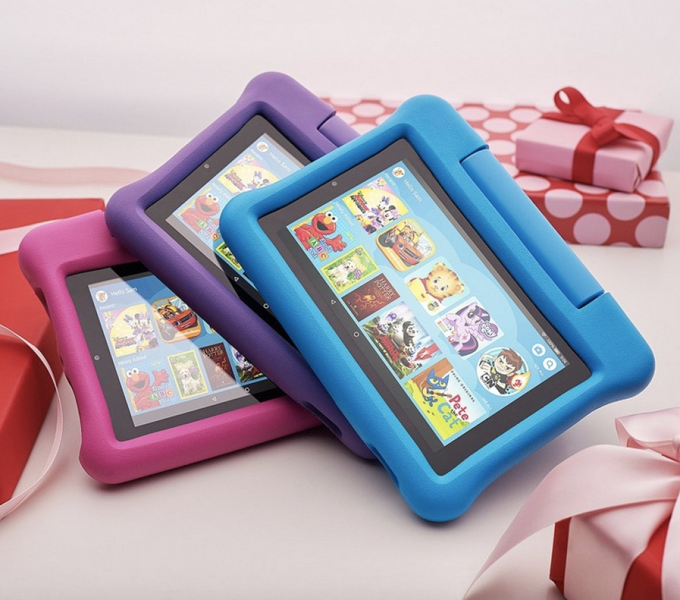"""Amazon Fire 7"""" Kids Edition tablets in different colors"""