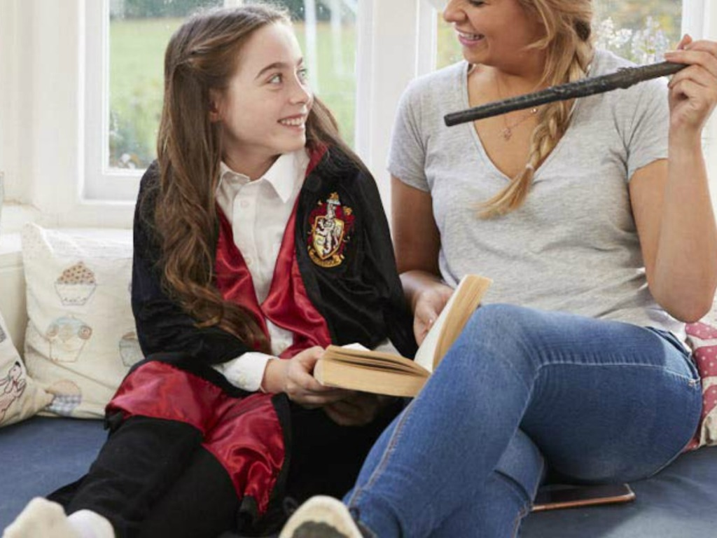 Hermione Granger Costume robe, reading to mom holding wand