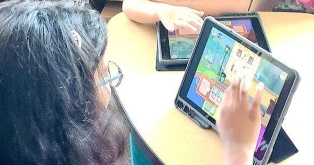 girls playing on codespark academy