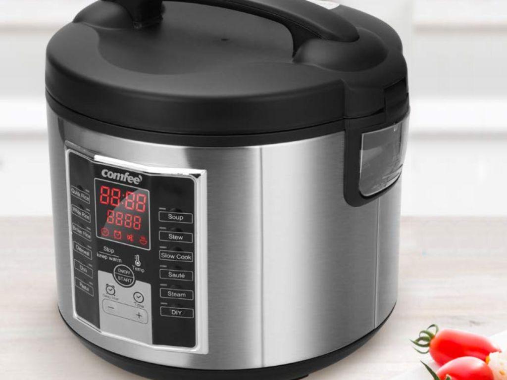 Comfee' multi cooker