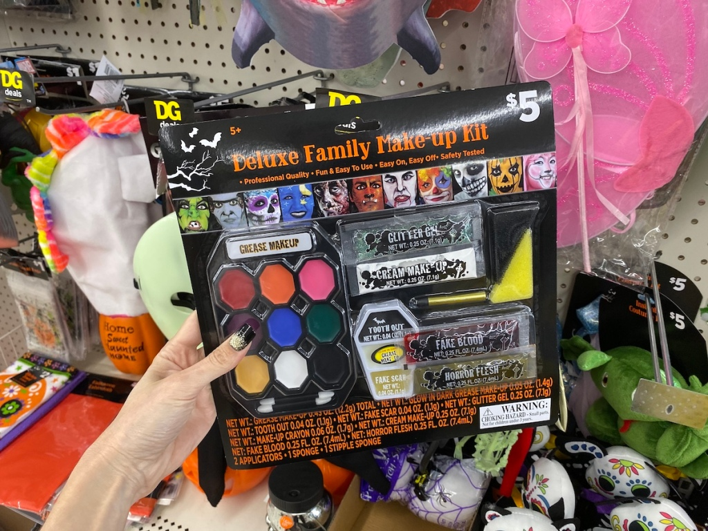 Dollar General Halloween Deluxe Family Make-up Kit in store