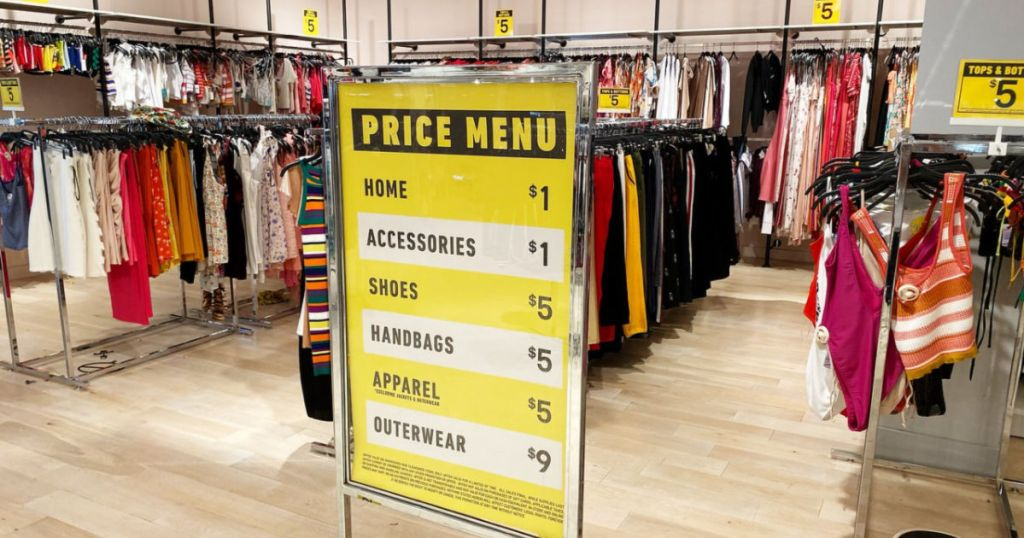 Forever 21 Clearance Sign