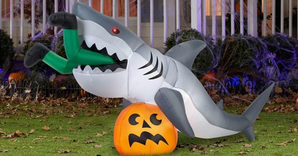 Gemmy Halloween Shark Inflatable
