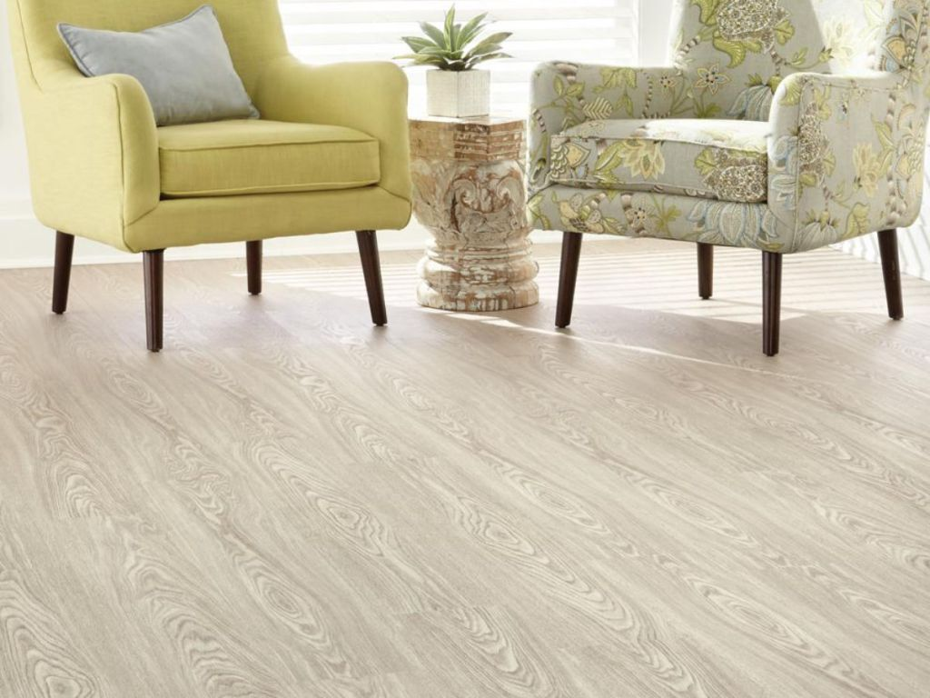 Home Decorators Collection Quiet Oak 7.5 in x 47.6 in Luxury Vinyl Plank Flooring