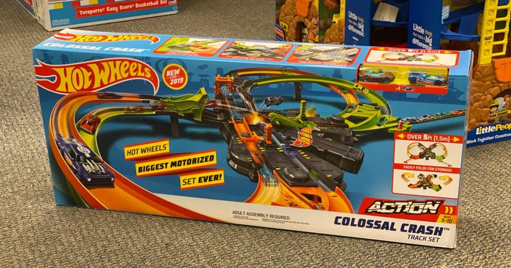 Hot Wheels Colossal Crash set