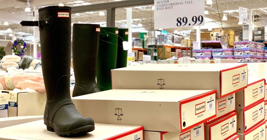 hunter boots on shoe boxes