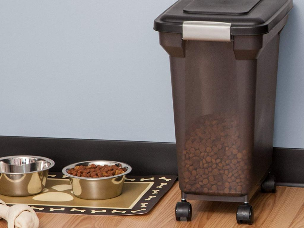 IRIS Premium Airtight 22 Pound Pet Food Storage Container
