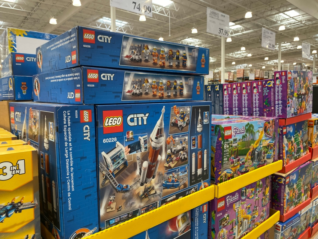 LEGO City Deep Space Rocket and Launch Control