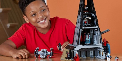 New Star Wars LEGO Sets + Score Two Free Gifts w/ Purchase