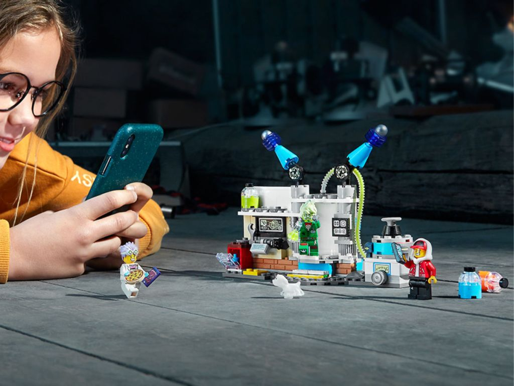 LEGO Hidden Side Augmented Reality J.B.'s Ghost Lab