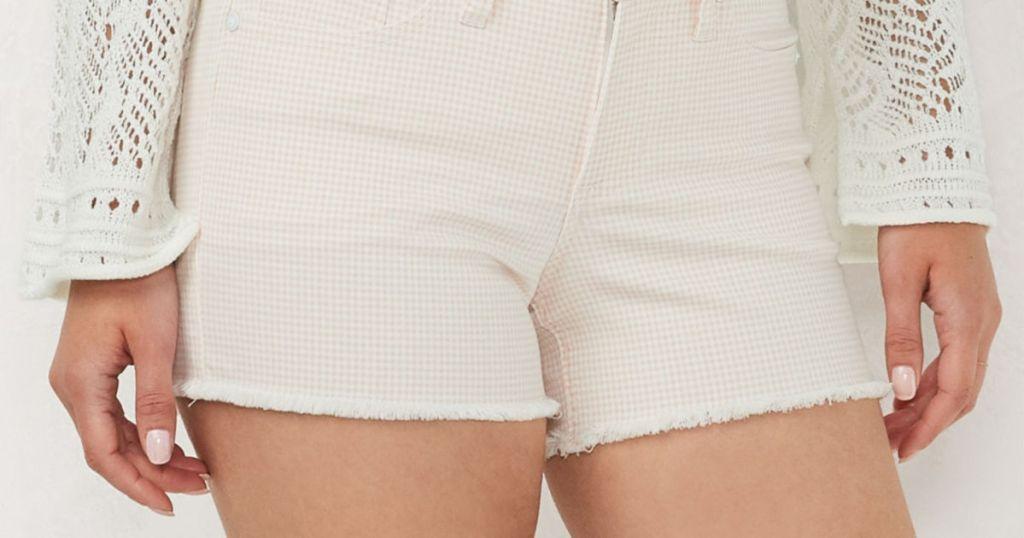 woman wearing lauren conrad jeans